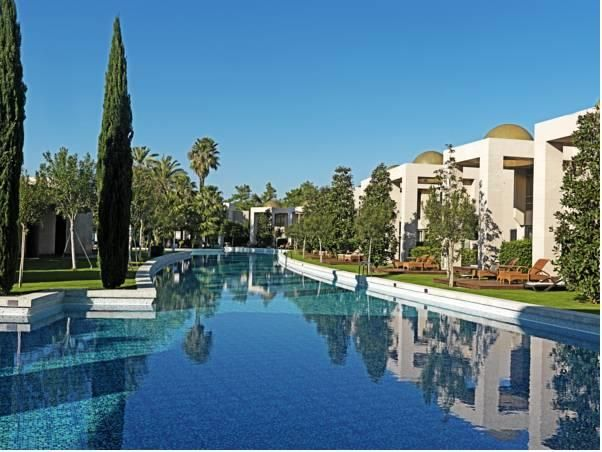 Antalya Gloria Serenity Resort Turkey, Europe Gloria Serenity Resort is conveniently located in the popular Belek area. The property features a wide range of facilities to make your stay a pleasant experience. Free Wi-Fi in all rooms, 24-hour front desk, 24-hour room service, facilities for disabled guests, luggage storage are there for guest's enjoyment. All rooms are designed and decorated to make guests feel right at home, and some rooms come with television LCD/plasma scre...