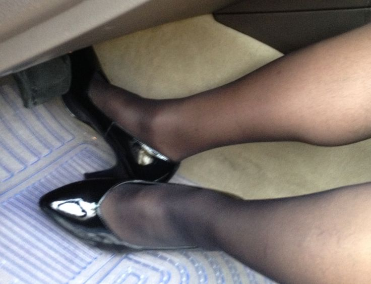 Upskirt in shoes market - 2 part 10