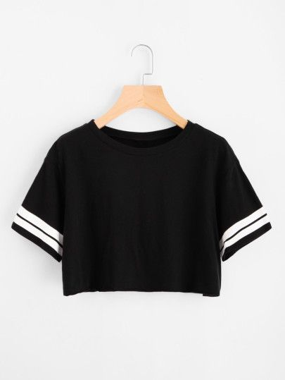 Camiseta corta con raya