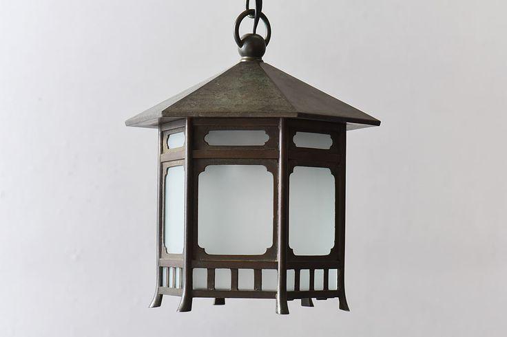 古民具 上品な佇まいの銅製吊り灯篭(天井照明、吊り下げ照明)