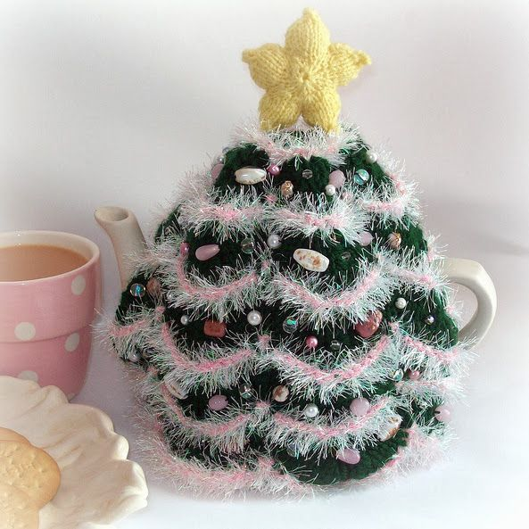 Милые сердцу штучки: рукоделие, декор и многое другое: Рождественские грелки на чайник