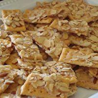Sweet Club Crackers by Kim Hollenshead