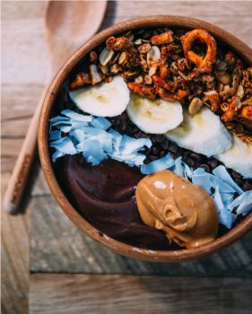 Acai Bowls: What You Need To Know, Plus 5 Recipes!