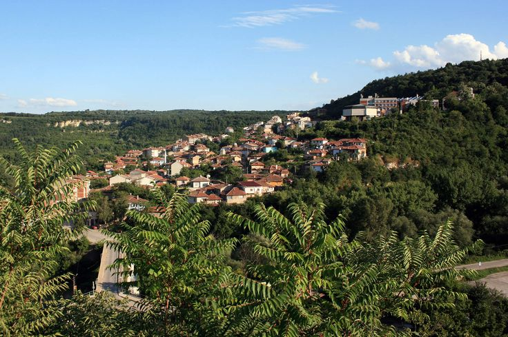 Veliko Tarnovo, Bulgaria is one of the 12 of the Most Unbelievably Cheap Paradises on Earth. #Bulgaria #Cheaptravel #paradise
