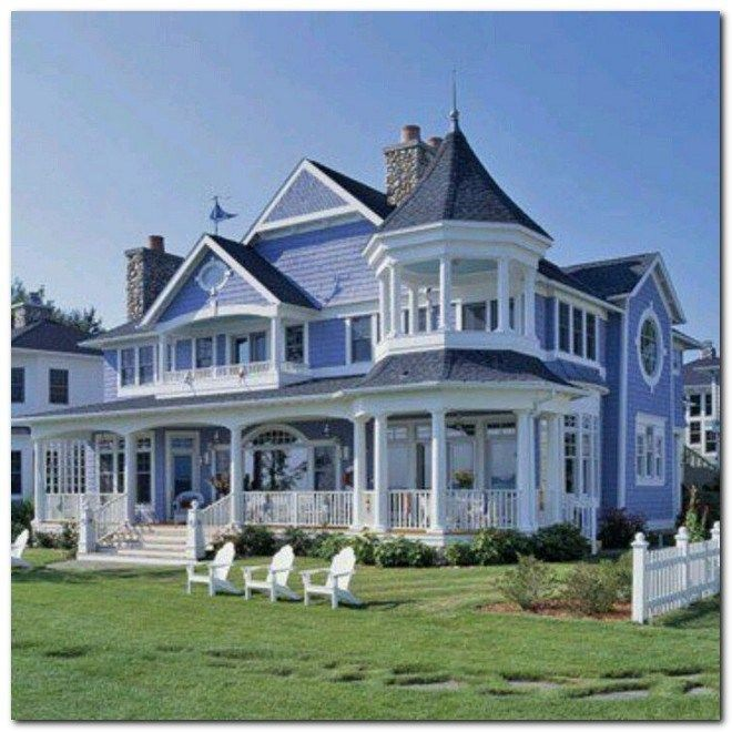 30 Superb Coastal Home Exterior Designs For The Beach Lovers 14 Victorian Homes Victorian Style Homes Pretty House