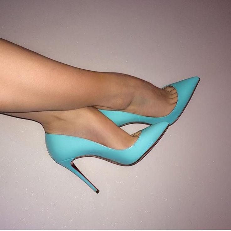 Christian Louboutin, azul, glam.
