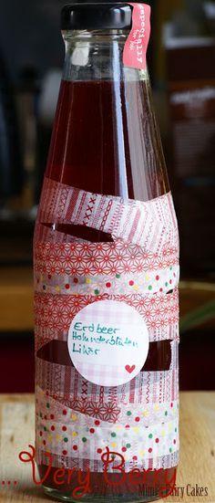 Erdbeer-Holunderblüten-Likör