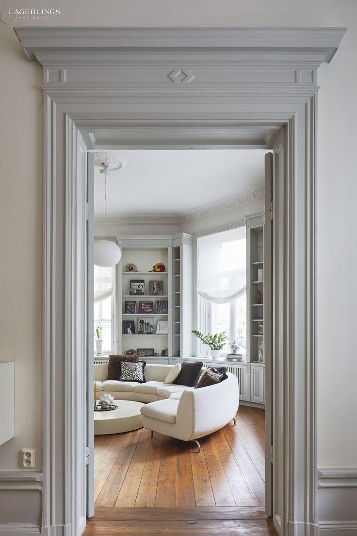 http://www.lagerlings.se/vara-hem/grev-magnigatan-5-fyra-rum-och-kok-invid-strandvagen/