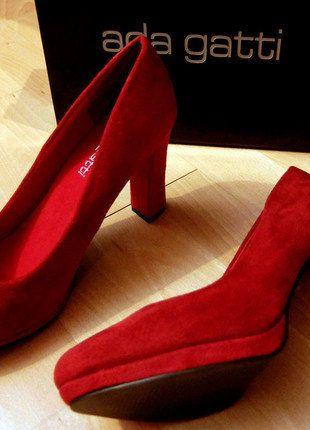 Compra mi artículo en #vinted http://www.vinted.es/zapatos-de-mujer/tacones-altos-y-zapato-de-gala/487209-zapatos-de-salon-rojos-de-ante-talla-41