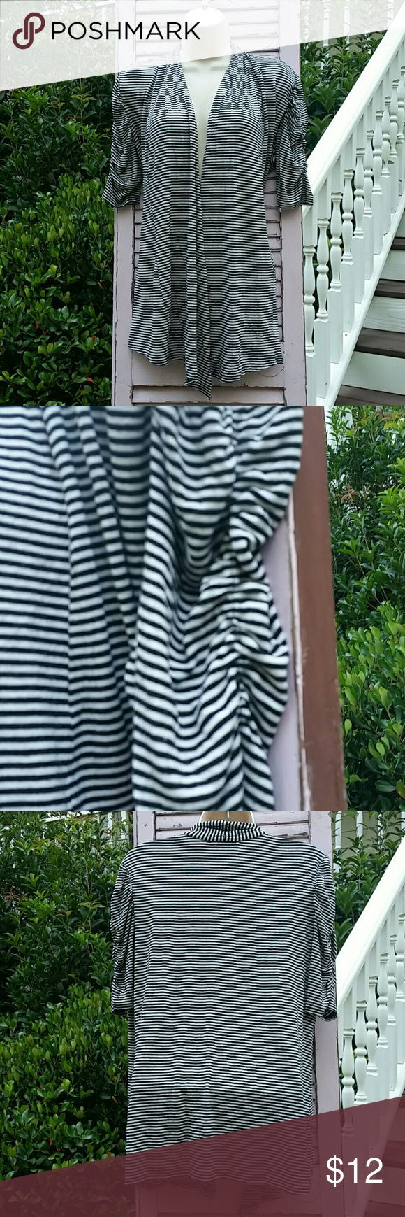 WHITE HOUSE BLACK MARKET Shortsleeve Striped Top Just a great top to have around... toss in your bag for chilly restaurant, dress up a pair of jeans and so much more. White House Black Market Sweaters Shrugs & Ponchos