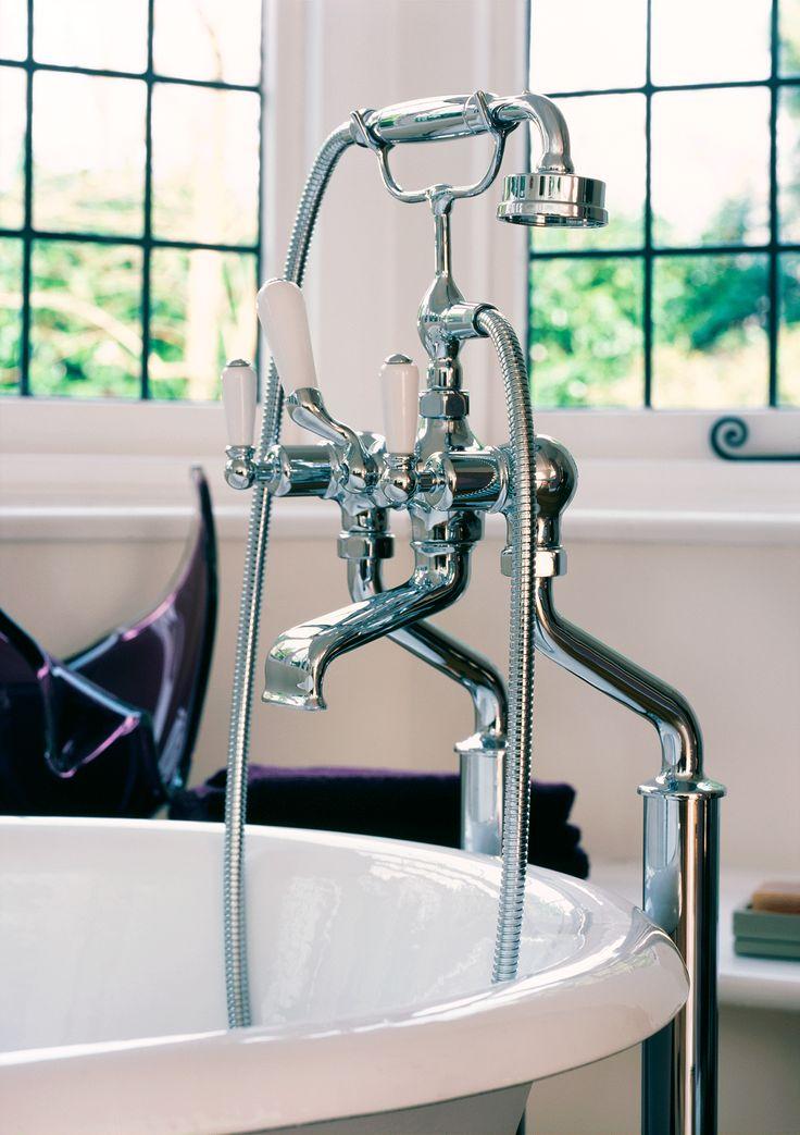 Arc Shower Bath