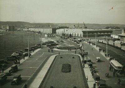 Gdynia ul. Polska zdjęcia H. Poddębskiego zrobione z Dworca Morskiego przed 1939r. #dawnagdynia #gdynia #gdyniamojemiasto #oldphoto #oldcar