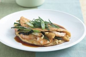 Asian-style prawn omelettes