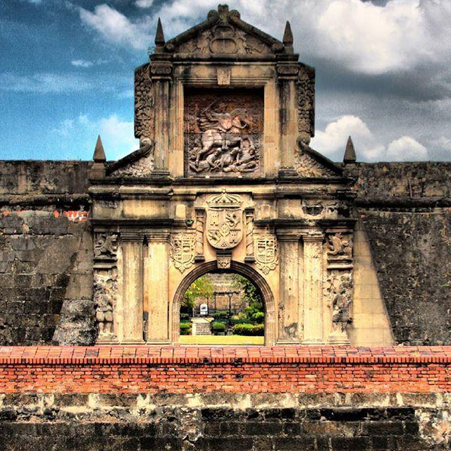 Gate of Fort Santiago in Manila. #capital #city #citadel #fort #fortsantiago #philippines #manila #asia #holiday #trip #travelphotography #travelgram #igtravel #vacation #destination #instago #world #readysetholidayapp #readysetholiday  Credits: Frisno Boström on Flickr