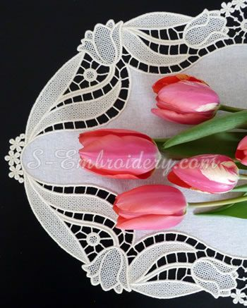 10607 Free standing lace tulip doily machine embroidery set