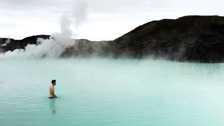 Iceland Travel Guide: Destinations, Restaurants, Shopping, and More