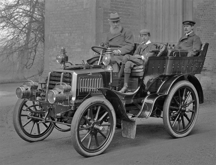 Pictures Of Vintage Cars And Trucks 17