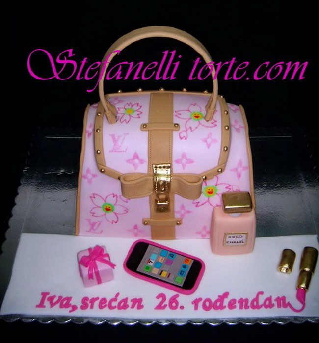 Phone, purse & make up cake