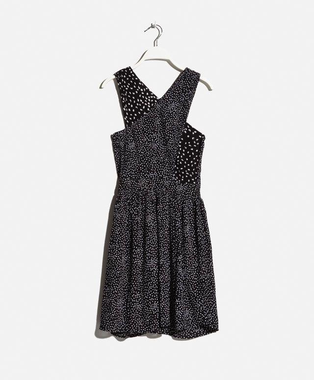 Vestido escote cruzado print manchita - OYSHO