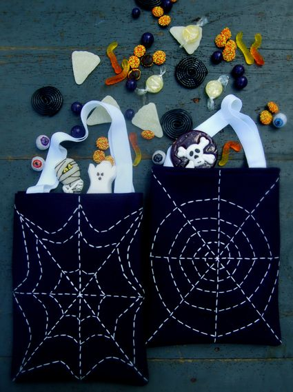 DIY Glow in the Dark Spiderweb Treat Bag - Spider web stitching made with glow in the dark DMC embroidery floss!