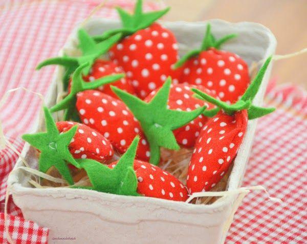 35 besten erdbeerfest bilder auf pinterest erdbeeren basteln und erdbeere. Black Bedroom Furniture Sets. Home Design Ideas