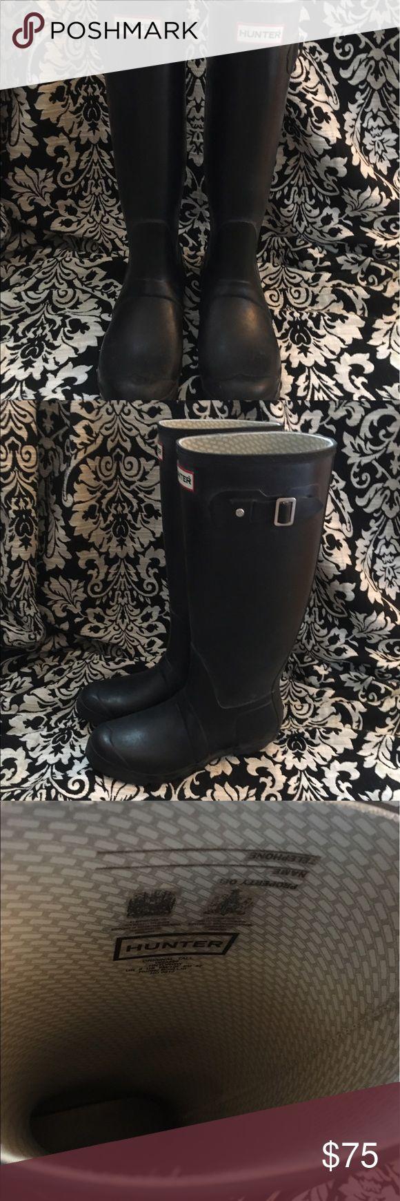 Original Tall Hunter Rain Boots Black original tall Hunter rain boots - slightly worn, but still in great condition! Hunter Boots Shoes Winter & Rain Boots