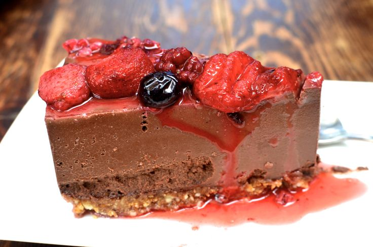 Raw Chocolate Cheesecake (The Raw Kitchen)