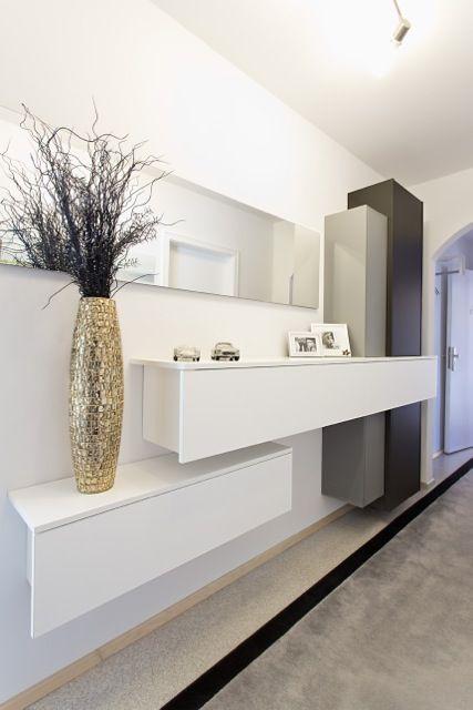 die besten 25 schuhschrank ideen auf pinterest traumschr nke schuhregal und individueller. Black Bedroom Furniture Sets. Home Design Ideas