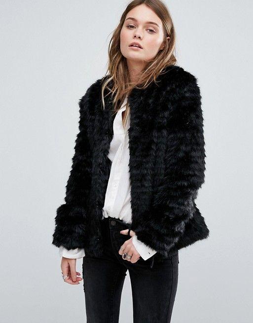 Pimkie | Abrigo corto de piel sintética de Pimkie
