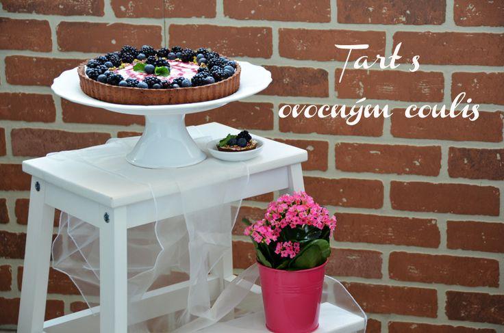 Tart s ovocným coulis