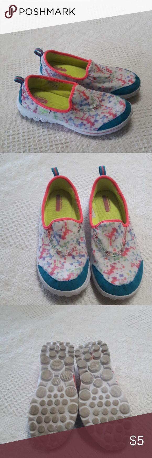 Skechers slip on sneakers Size 3.5 Skechers Shoes Sneakers