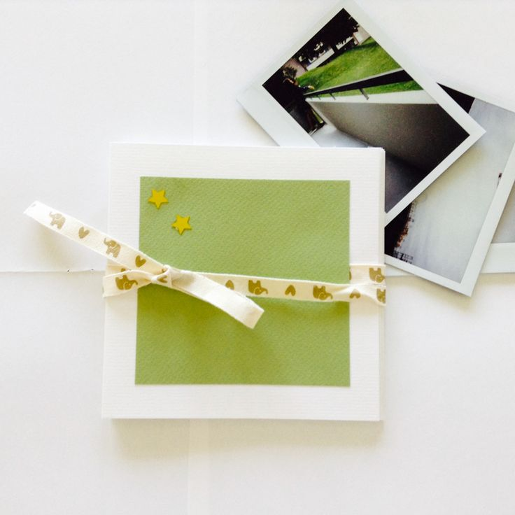 A gorgeous accordion photo album to save the cherished memories. Simple but elegant.