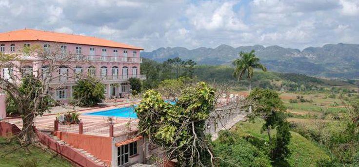 Hotel con vista al Valle de Viñales - http://www.absolut-cuba.com/hotel-con-vista-al-valle-de-vinales/