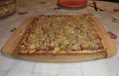 Rezept: Einfache Thunfisch-Pizza Bild Nr. 8