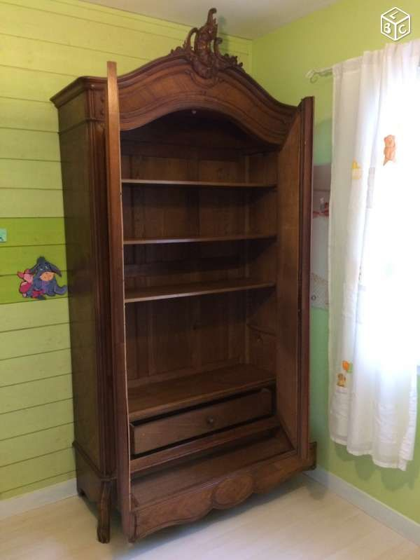 armoire ancienne avec 2 portes vitr es brocante tout ce que j 39 aime pinterest armoire. Black Bedroom Furniture Sets. Home Design Ideas