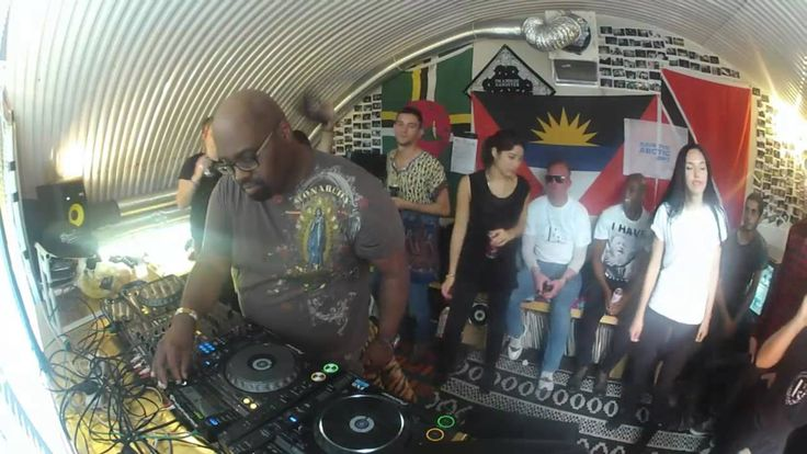 R.I.P House Music Legend. You will be missed so so very much. Thanks for the music! Frankie Knuckles Boiler Room DJ Set