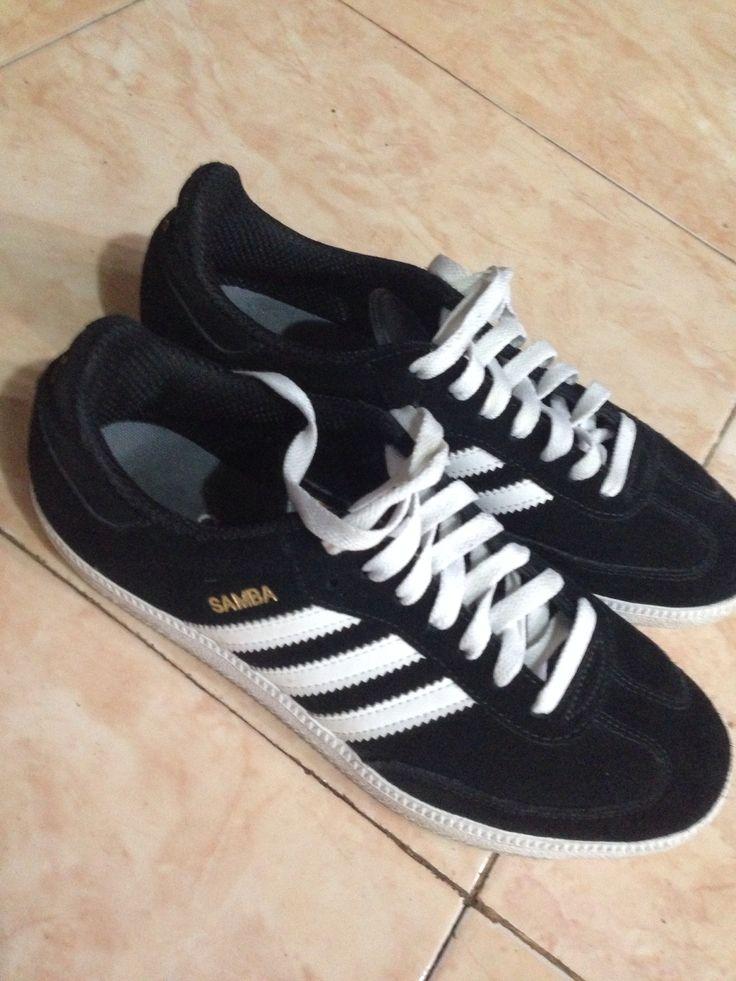 Adidas samba suede black