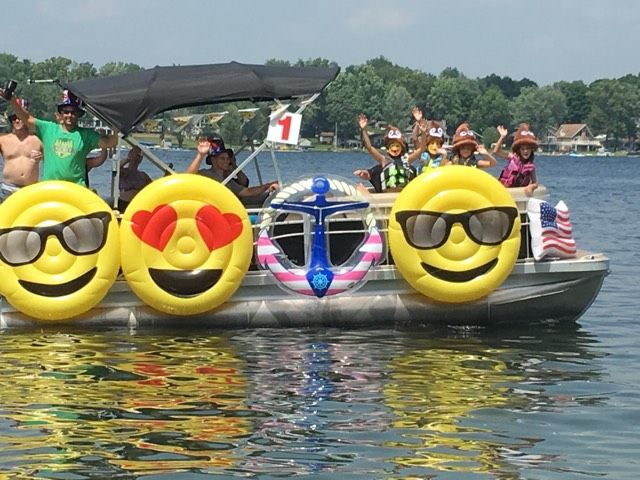 Pontoon Boat Emoji Theme For The 4th Of July Boat Parade