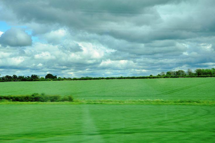 Göller Bölgesi'nden ayrılıp Stratford-upon-Avon'a doğru giderken yoldan görülen manzara