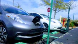Cool Nissan 2017: 2015 Nissan Leaf — 1 Year Review... Sustainability Check more at http://carboard.pro/Cars-Gallery/2017/nissan-2017-2015-nissan-leaf-1-year-review-sustainability/