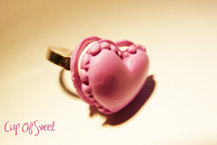 Bague Macaron Coeur Fimo    http://www.alittlemarket.com/boutique/cup_of_sweet-243830.html