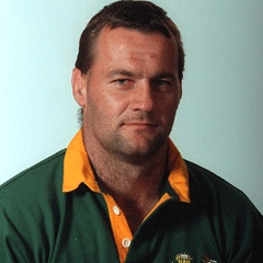 Ruben Kruger - great flanker and a lovely bloke who spent some time in Worcester, sadly died in 2010.