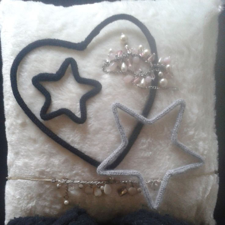 Christmas decoration Heart star luxury diamonds knitting handmade silver furry black and white For sale www.isaenbila.nl