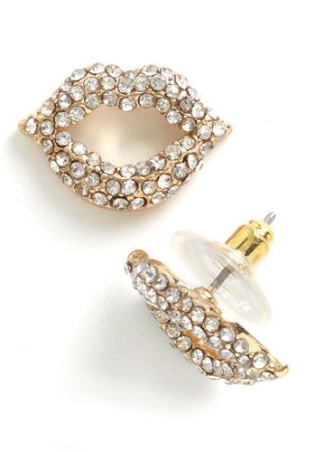 Little Kiss Perfect Earrings $11