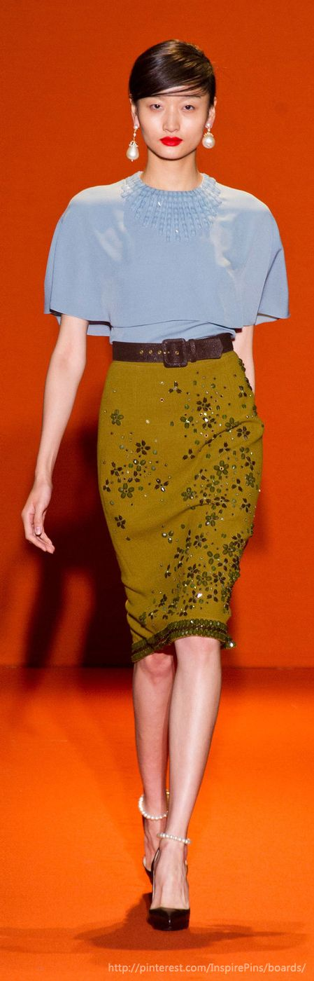 Paris Spring 2013 - Andrew Gn - love this elegant and graceful outfit for work.
