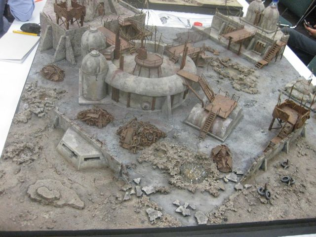 Great post-apocalyptic terrain. Awesome example of lots of rubble.