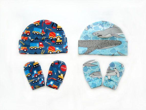 Sharks or Cars Organic cotton newborn Hat Mittens Size 0-3