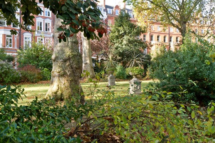 Lennox Gardens London SW1 #cutlerandbond #londonproperty #gardensquares