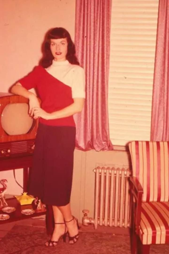 17 Best Images About Bettie Page Feme Fatale On Pinterest Bettie Page Color