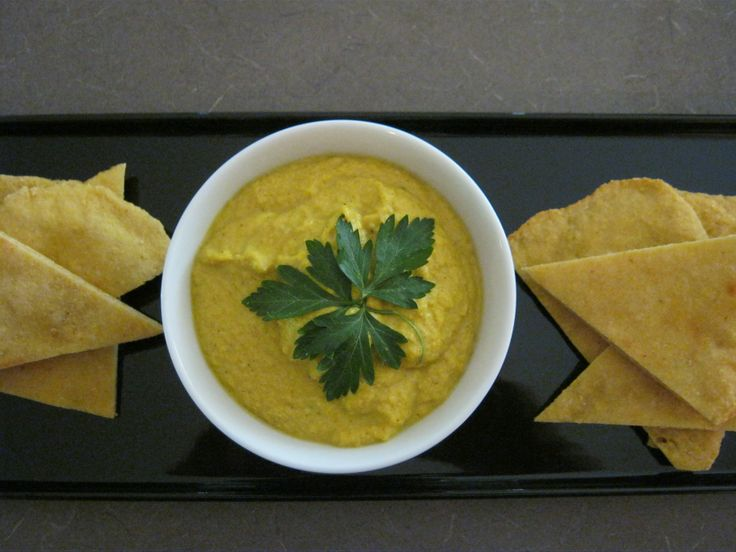 Spicy lupin dahl with lupin and cumin flatbread - another entry from Judi in our #CSIROhealth fibre-off. Ingredients: lupin, chilli powder, garlic, onion, tumeric, cardamon, cinnamon, garam masala, bay leaves, cumin, yeast, water and a pinch of salt.